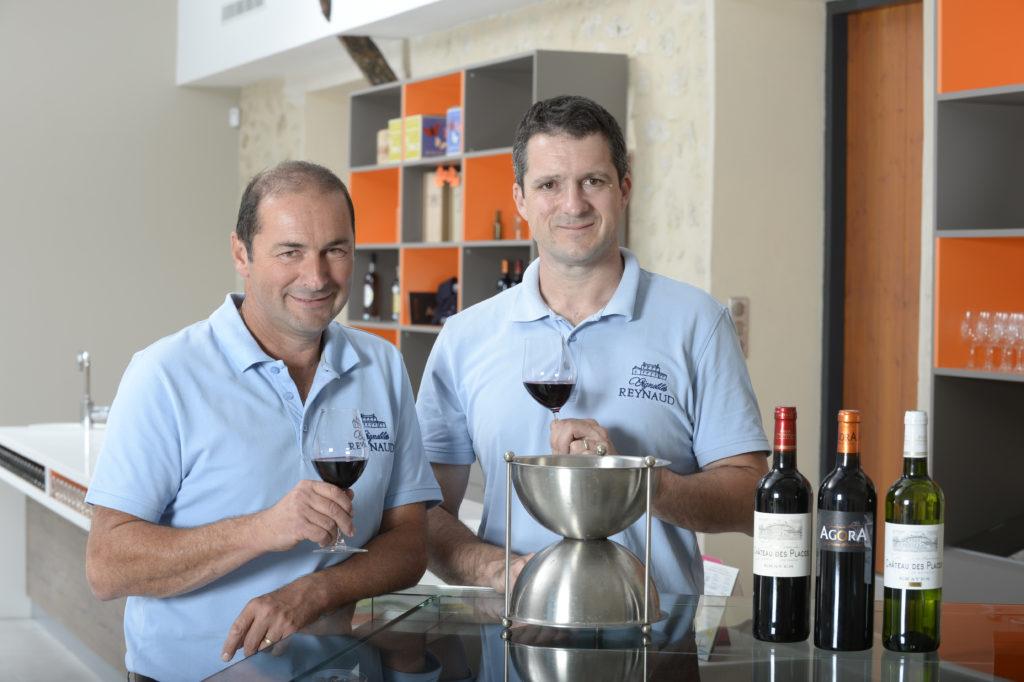 Frères propriétaires Vignobles Reynaud