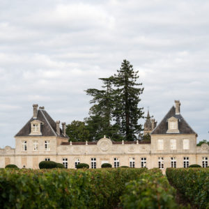 Façade du Château de Cérons